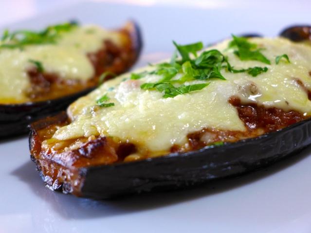 Greek-stuffed-Eggplant-recipe-Melitzanes-Papoutsakia