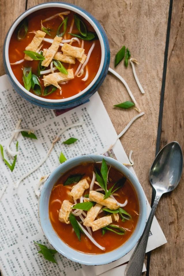 vegetarische-chinese-tomatensoep-1-van-2-683x1024